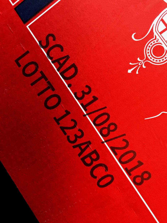 marcatura-MPERIA-scatola-cartoni-vino-birra-disillati-getto-dinchiostro-inkjet-VIAjet-Serie-T100-50-alta-definizione-MPERIA-Marking-Products-torino