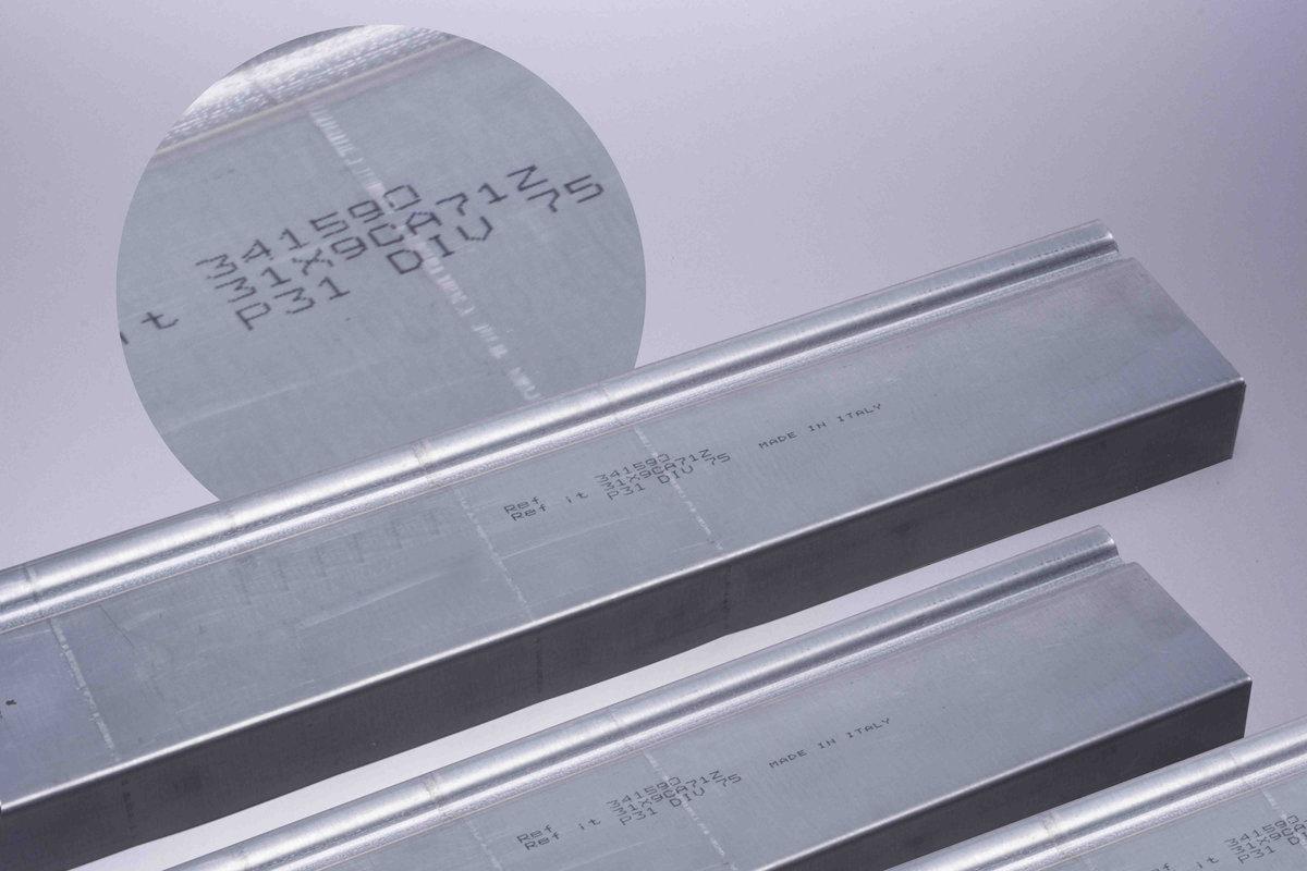 Profilato Alluminio - Hitachi Ux D140W - Getto D'Inchiostro Continuo